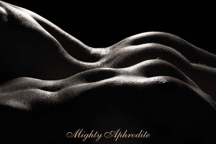 Thumbnail of hairy naked woman
